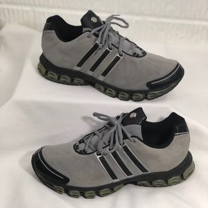 Adidas Men's Gray suede athletic shoe size 10